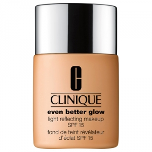EVEN BETTER GLOW Light Reflecting Makeup Broad Spectrum SPF 15