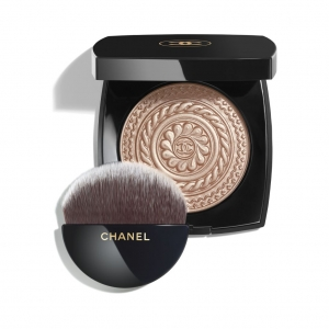 ÉCLAT MAGNÉTIQUE DE CHANEL Exclusive creation – Limited Edition. Illuminating Powder