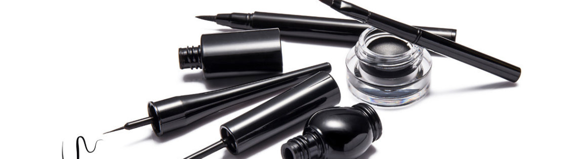 maquillage khol noir